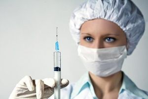 Bất chấp các scandal lây nhiễm HIV, 10% bác sỹ ở Mỹ vẫn dùng một kim tiêm cho nhiều người bệnh?