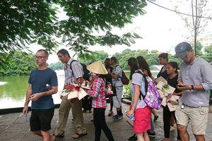 Tìm giải pháp cho du lịch mua sắm của Việt Nam - Kỳ 2: Nhiều cảnh đẹp, nhưng còn hình ảnh xấu xí ảnh hưởng đến du lịch Việt