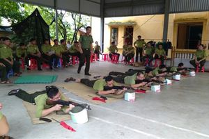 Bắc Giang: Huấn luyện sử dụng vũ khí, công cụ hỗ trợ cho kiểm lâm