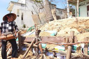 Cần hỗ trợ khẩn cấp cho người dân vùng bị biển xâm thực