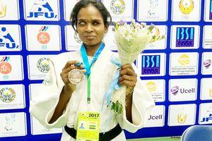 Cô gái khiếm thị trở thành nhà vô địch võ judo