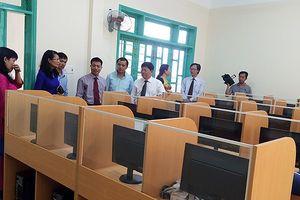 Đà Nẵng: Mua sắm bàn ghế học sinh cho kịp năm học mới 2018 – 2019