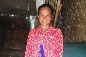 Người phụ nữ 32 năm chưa từng mặc manh áo mới