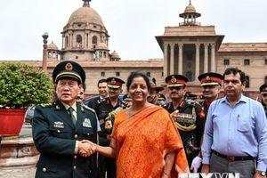 Trung Quốc và Ấn Độ thúc đẩy hơn nữa quan hệ quốc phòng