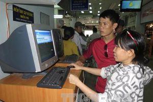 Cần cơ chế khuyến khích dùng dịch vụ thanh toán không cần tiền mặt