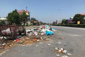 Quốc lộ 5 Hà Nội- Hải Phòng nhếch nhác vì rác, bụi bẩn