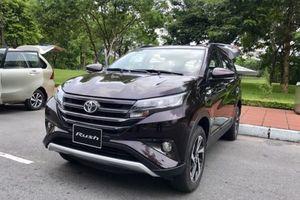 Mitsubishi Xpander vừa ra mắt, Toyota Rush chuẩn bị 'xuất trận'
