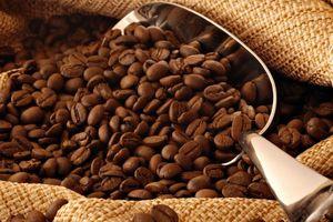 Giá cà phê giữ ở mức thấp, hồ tiêu bất ngờ tăng