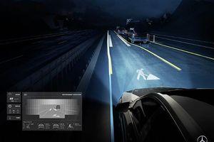 Hệ thống ánh sáng biết 'nói chuyện' của Mercedes-Benz