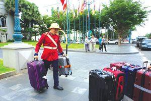 Khách sạn: lao động phổ thông cũng khó tìm