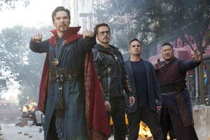 2 tỷ USD của 'Avengers' và mùa phim hè 2018 bùng nổ qua các con số
