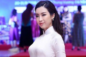 Đỗ Mỹ Linh – Hoa hậu mặc áo dài gây thương nhớ nhất