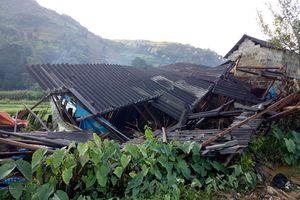 Mưa lớn gây ngập úng và sạt lở ở huyện Si Ma Cai, giao thông liên thôn ngừng trệ
