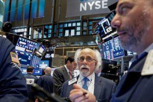 S&P 500 lập đỉnh mới sau phát biểu của Chủ tịch FED