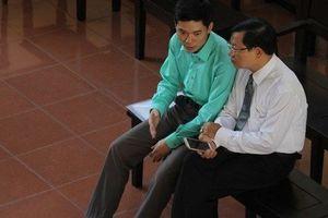 Bác sĩ Hoàng Công Lương đề nghị cơ quan tố tụng đình chỉ bị can với mình