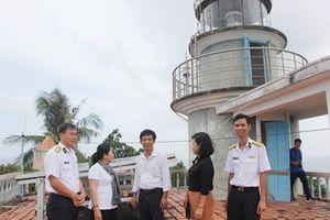 TPHCM hỗ trợ thiết thực các đơn vị trên vùng biển Tây Nam