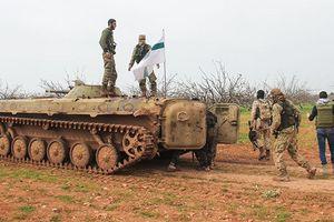 Hàng ngàn chiến binh đang chuẩn bị tấn công vào Hama, Aleppo của Syria