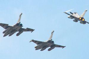 Máy bay quân sự Pháp rời Malaysia đến Việt Nam