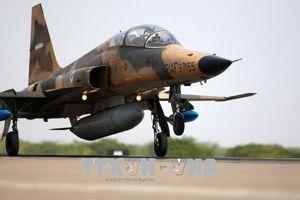 Iran rơi máy bay chiến đấu mua từ Mỹ