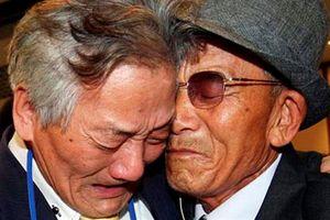 Người dân hai miền Triều Tiên kết thúc cuộc đoàn tụ trong nước mắt