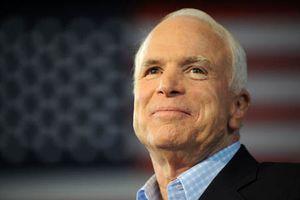 Những quyết định lớn trong cuộc đời John McCain