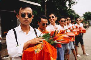 Đôi trẻ An Giang mượn quần áo cha mẹ tái hiện đám cưới những năm 80
