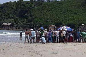 5 học sinh bị sóng biển cuốn khi dự sinh nhật thầy dạy võ
