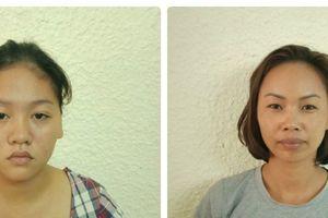Khởi tố hai nữ quái giở trò 'đạo chích' ở hồ Hoàn Kiếm