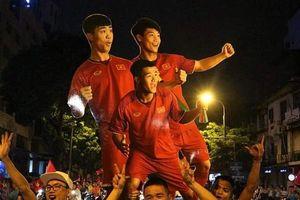 Không khí ăn mừng đội tuyển U23 giành chiến thắng trên khắp cả nước