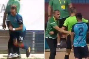 HY HỮU: HLV bị đuổi vì vào sân phạm lỗi cầu thủ
