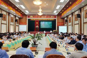 Các tỉnh miền Trung và Tây Nguyên: Cần thiết tăng kết nối hạ tầng giao thông