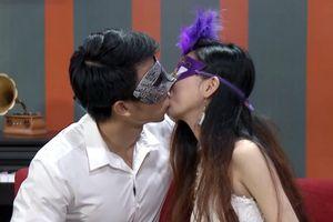 Bị chỉ trích dữ dội, gameshow 'Hôn trước yêu sau' ngừng phát sóng
