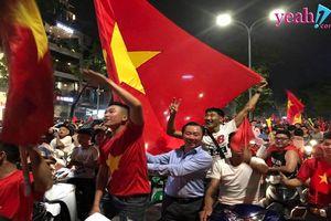 Người hâm mộ bóng đá Việt lại có một đêm không ngủ trước chiến tích đi vào lịch sử của Olympic Việt Nam