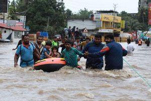 Nam Á: Hơn 1.200 người chết do thiên tai