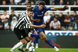 Chelsea thắng nghẹt thở Newcastle để giành ngôi nhì bảng