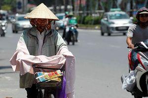 Nắng nóng 36 độ C bủa vây Hà Nội ngày đầu tuần