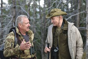 Bất ngờ TT Putin thư giãn hết mình ở Siberia