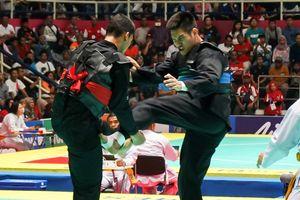 Bộ trưởng Thanh niên & Thể thao Indonesia lên tiếng sau scandal xử ép