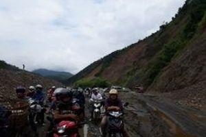 Xử lý sạt lở tuyến đường quốc lộ 12 đoạn Pa Tần – Chăn Nưa