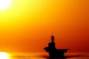 Iran cảnh báo lạnh người với tàu nước ngoài tại vịnh Ba Tư
