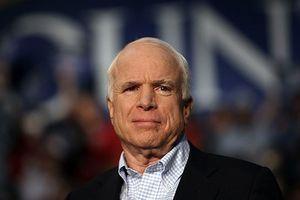 Việt Nam chia buồn về việc Thượng nghị sĩ John McCain qua đời