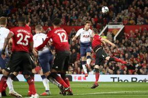 Ngoại hạng Anh: M.U thua 0-3, HLV Mourinho bàng hoàng
