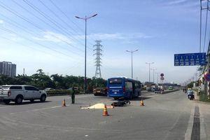 Một phụ nữ bị xe buýt cán tử vong trên Xa lộ Hà Nội