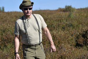 TT Putin khoe thân hình cường tráng và sức mạnh không kém gì trai trẻ