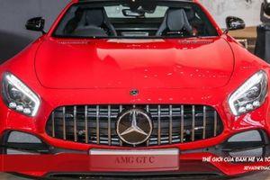 Soi Coupe sang Mercedes-AMG GT C có giá hơn 355.000 USD vừa ra mắt ĐNA