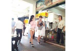 Cô gái gây tranh cãi khi thản nhiên mặc quần lót đi bộ giữa nơi đông người