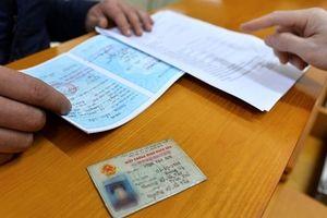 Bãi bỏ quy định gây tranh cãi phải ghi CMND của cha mẹ trong đơn thuốc của con