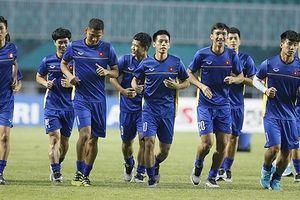 Olympic Việt Nam làm quen sân Pakansari, sẵn sàng đối đầu Hàn Quốc