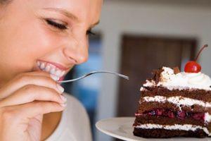 10 thói quen ăn uống sai lầm sau thời kỳ mãn kinh