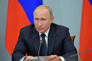 Tổng thống Putin bất ngờ 'trảm' một loạt tướng quân sự